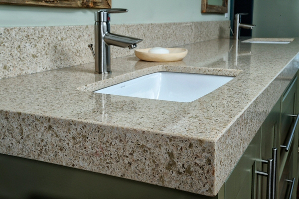 salle de bain plan de travail de salle de bain classique fonc en quartz. Black Bedroom Furniture Sets. Home Design Ideas