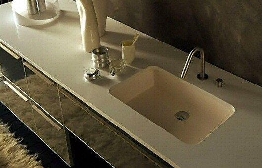 Salle de bain plan de travail de salle de bain moderne clair en corian - Plan de travail en corian ...