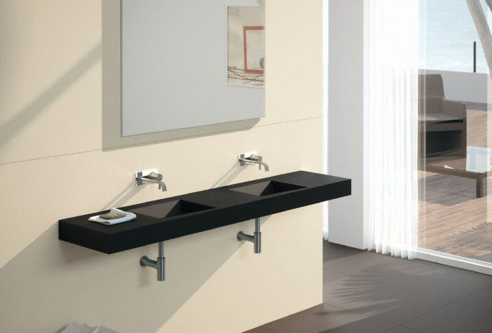 salle de bain plan de travail de salle de bain moderne fonc en c ramique. Black Bedroom Furniture Sets. Home Design Ideas
