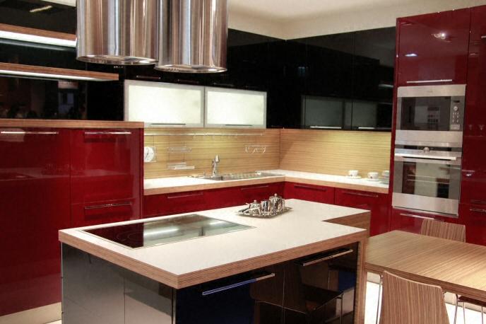 Cuisine plan de travail en lot de cuisine moderne clair en stratifi for Plan cuisine moderne