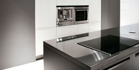 plan de travail en inox et vier en inox pour cuisine et. Black Bedroom Furniture Sets. Home Design Ideas