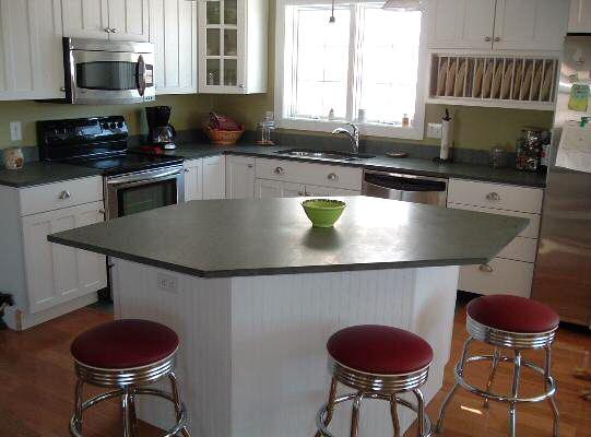 Ardoise pour plan de travail de cuisine et salle de bain for Ardoise noire cuisine
