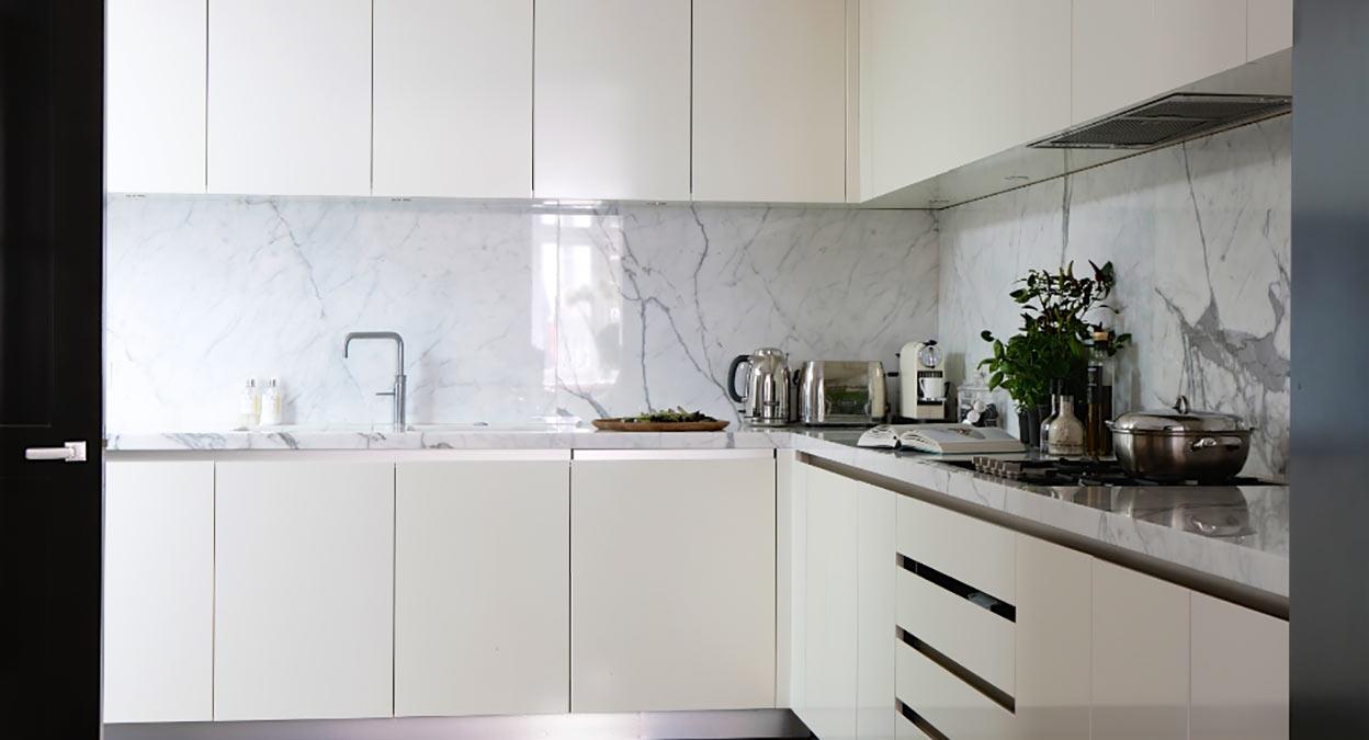 marbre pour plan de travail de cuisine et salle de bain. Black Bedroom Furniture Sets. Home Design Ideas