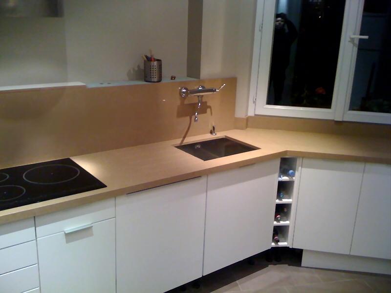 plan de travail cuisine granit beige int rieur meubles. Black Bedroom Furniture Sets. Home Design Ideas